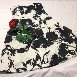 The Limited  Strapless 8 Black White Pattern Dress
